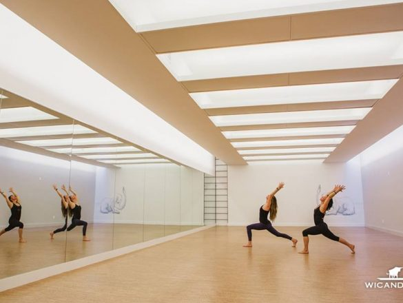 gimnastikos salėje kamštines grindys