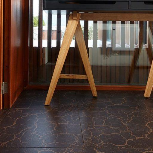 Kamštinės grindys Crackle Dark 450x450x6mm