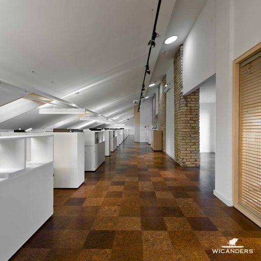 SmallPlanetAirplan biure Corkcomfort kamščio grindys projekto autoriai arch. studija Plazma