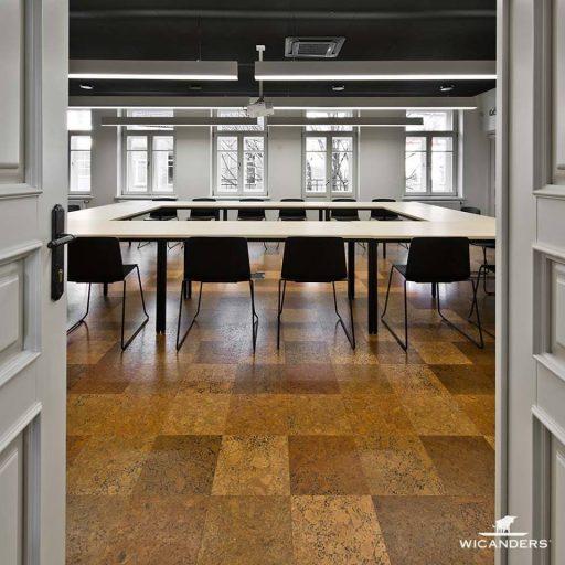 SmallPlanetAirplan biure Corkcomfort kamščio grindys projekto autoriai Plazma architektai