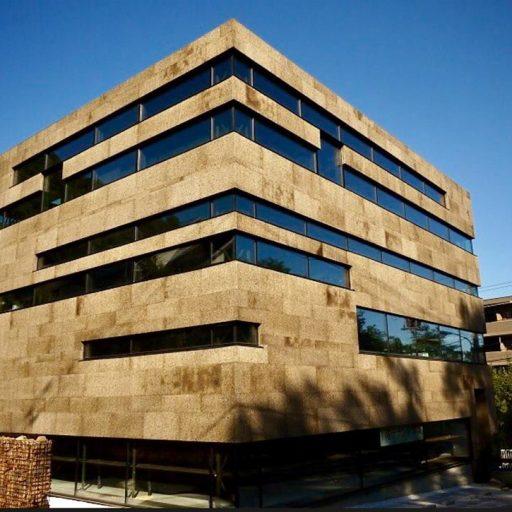 Kamštis fasadui NAKAYAMA ARCHITECTS OFFICE. Sapporo, Japonija.